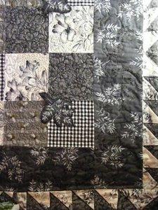 Quilt uitgevoerd in zwart - wit 75 bij 75 cm