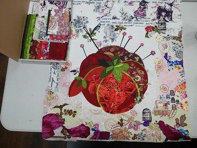 Kit voor Mini Pincushion naar een design van Laura Heine